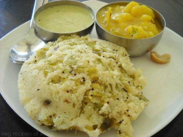 MTR rava idli with potato sagu