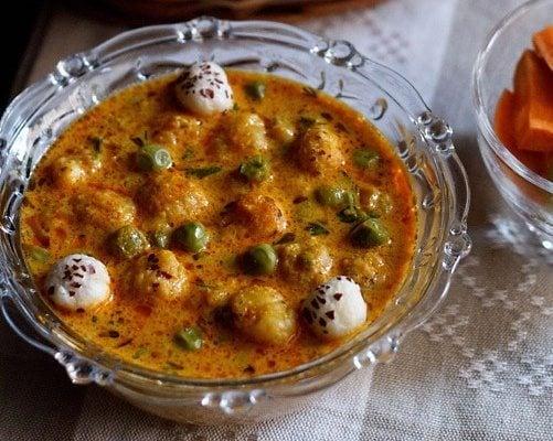 khoya matar makhana recipe
