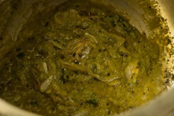 making aloo pulao recipe