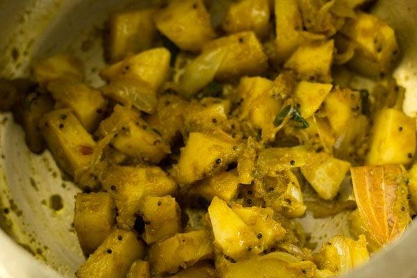 making potato pulao recipe