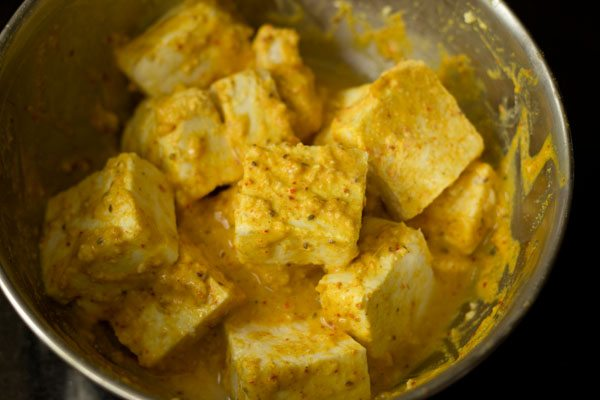making amritsari paneer tikka recipe