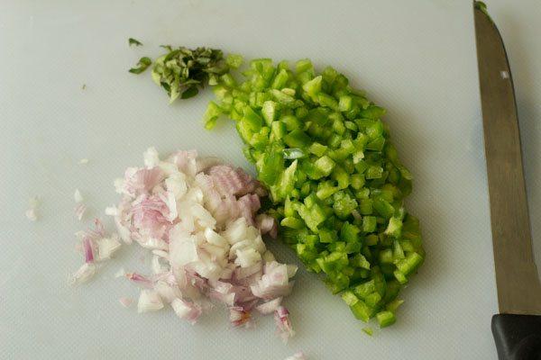 capsicum for capsicum raita recipe