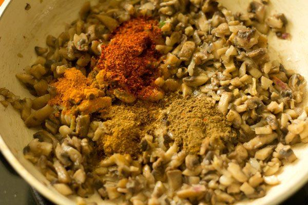 spices for mushroom cutlet recipe