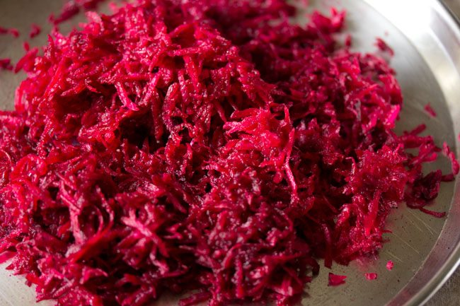 beetroot for beetroot paratha recipe