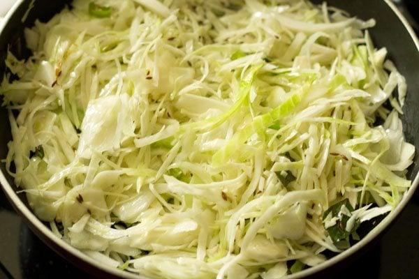 making cabbage bhaji recipe