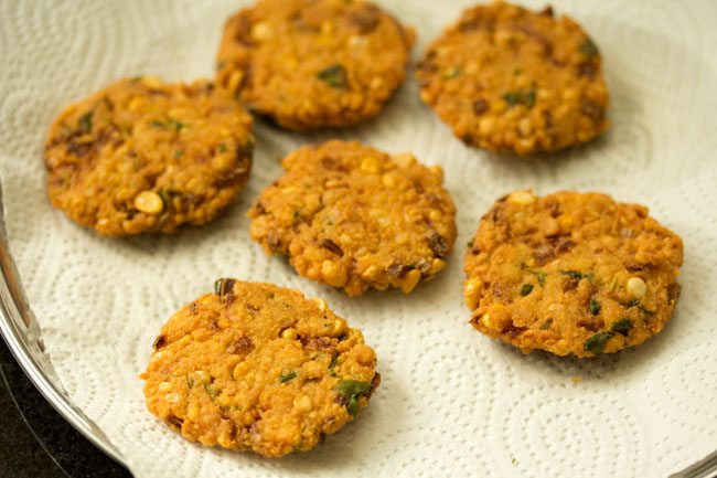 making chana dal vada recipe