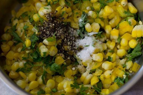 making corn capsicum sandwich recipe