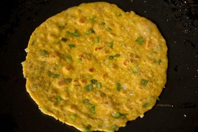 making spring onion paratha recipe