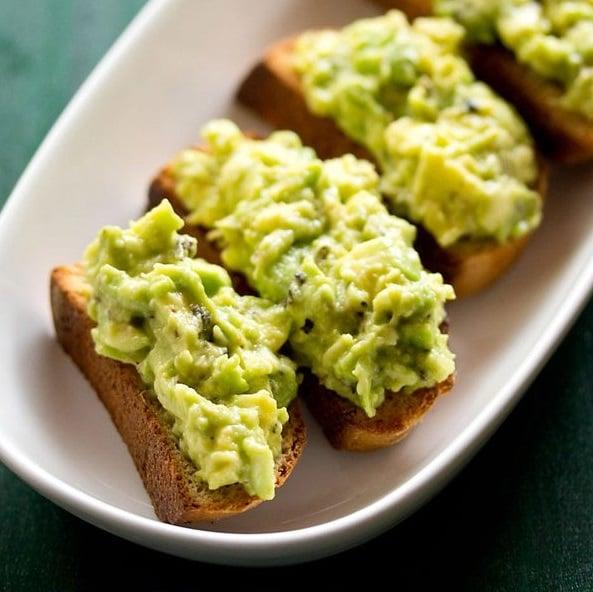 avocado garlic bread toast recipe, avocado garlic toast recipe