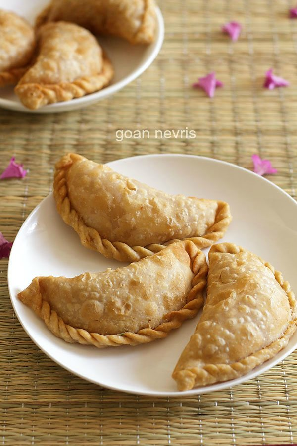 nevri recipe, goan nevris recipe
