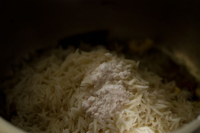salt to make kaju pulao recipe