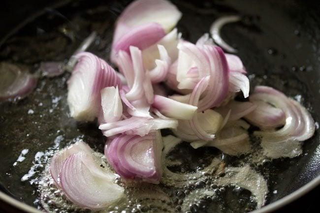 onions for making mushroom pepper fry recipe