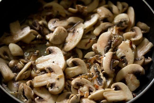 mushroom for making mushroom pepper fry recipe