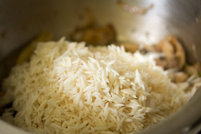 rice to make mushroom pulao recipe