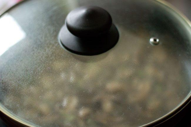making mushroom soup recipe