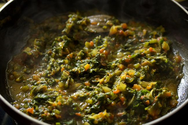 making palak paneer bhurji recipe