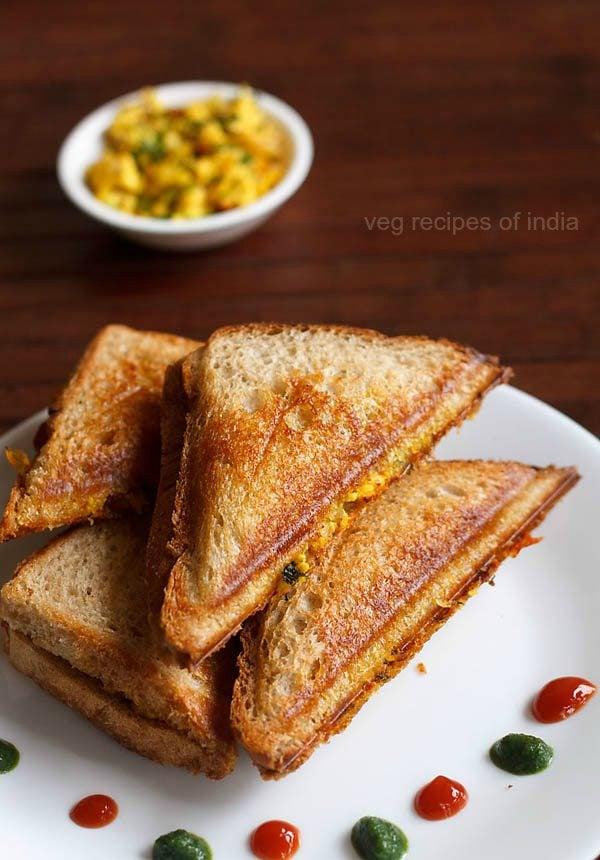 paneer bhurji sandwich recipe | quick paneer bhurji ...