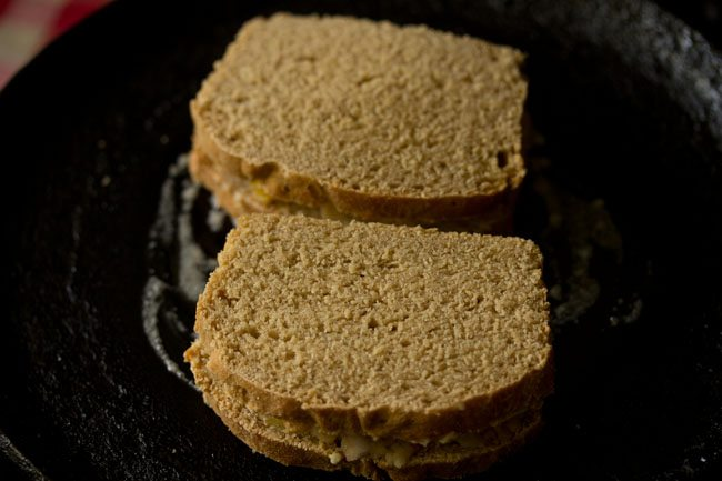 making aloo sandwich recipe