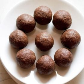 ragi ladoo recipe, nachni ladoo recipe