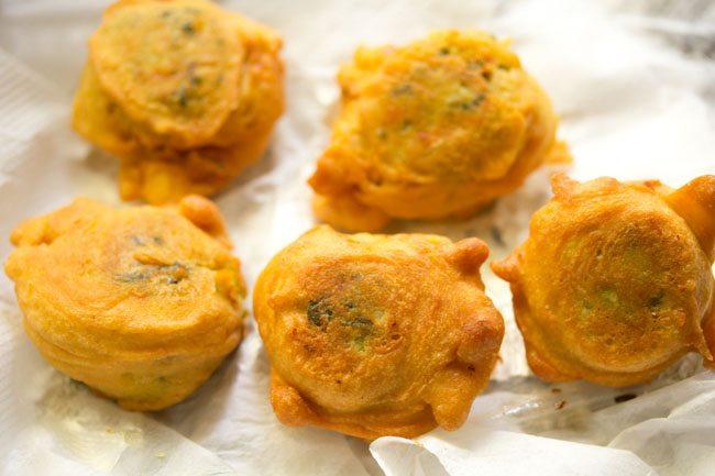 veg bonda recipe, vegetable bonda recipe