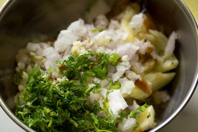 spices for baingan chokha recipe