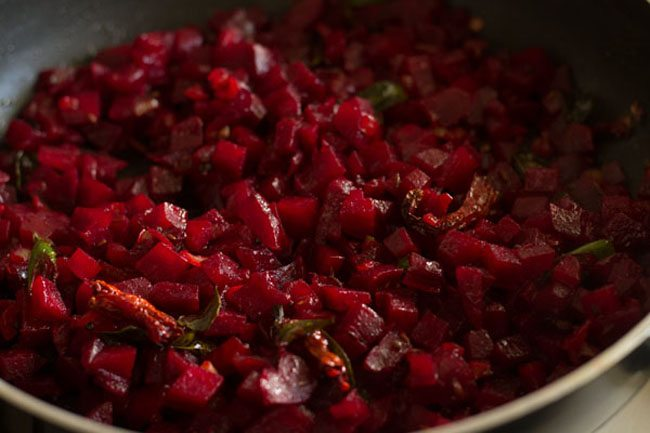 making beetroot bhaji recipe