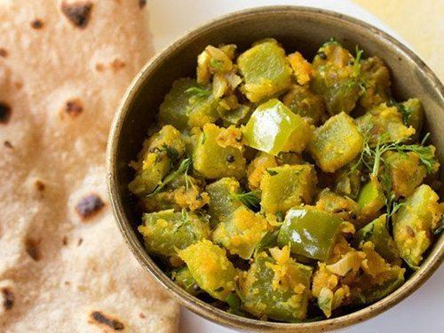 Veg Cake Recipe In Marathi Language: Capsicum Besan Sabzi Recipe, Maharashtrian Style Capsicum