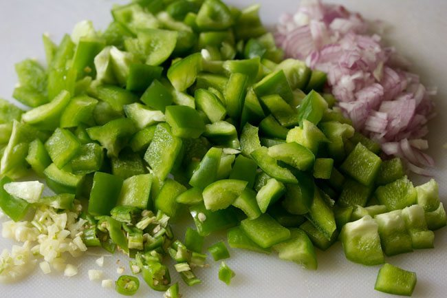 capsicum for capsicum besan sabzi recipe