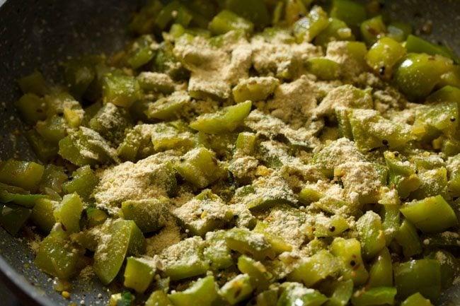 besan for making capsicum besan sabzi recipe