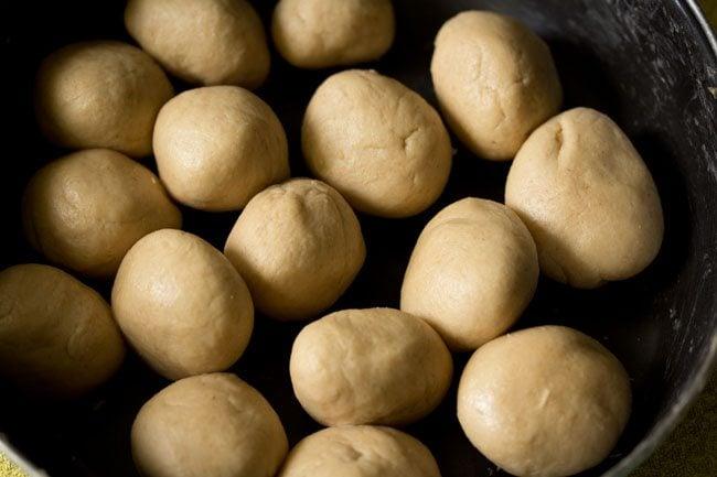 dough balls for litti chokha recipe