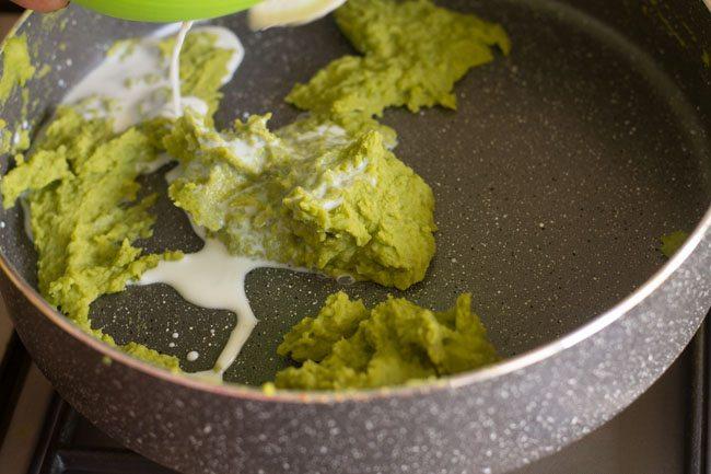 preparing matar kheer recipe