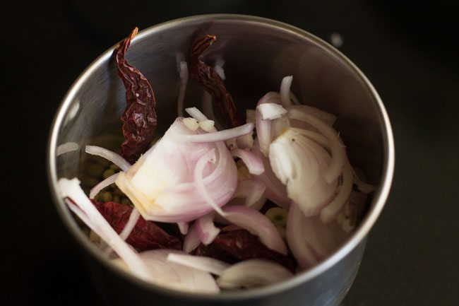 making mushroom sabzi recipe