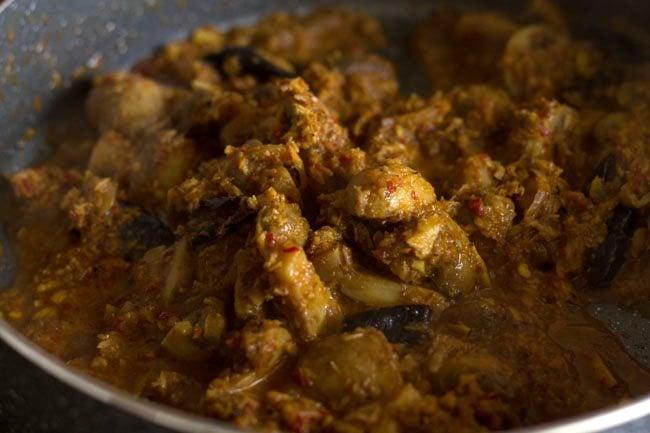 mushroom sabzi recipe, mushroom bhaji recipe, mushroom ki sabzi recipe