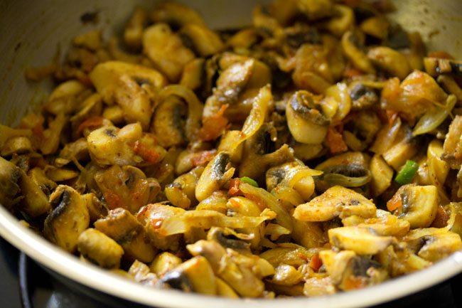 making mushroom puffs recipe