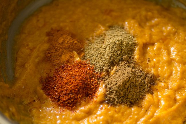 spices for making paneer curry recipe