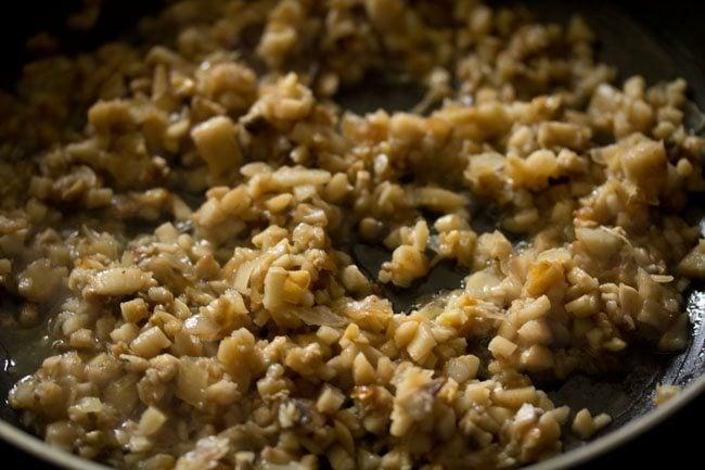 mushrooms for preparing stuffed mushrooms recipe
