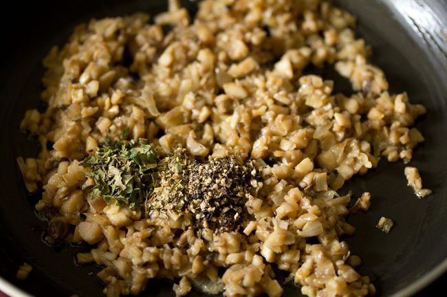 spices for baked stuffed mushrooms recipe
