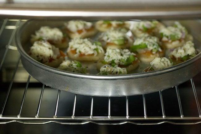 baking - veg pizza puffs recipe