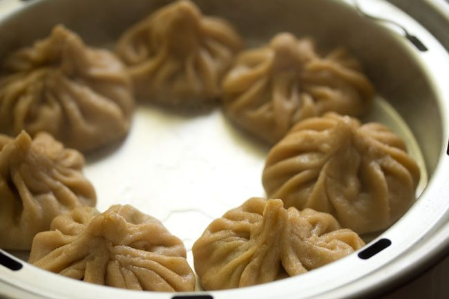 preparing vegetable momos recipe