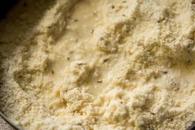 preparing butter murukku recipe