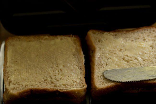 making mumbai cheese chilli toast recipe