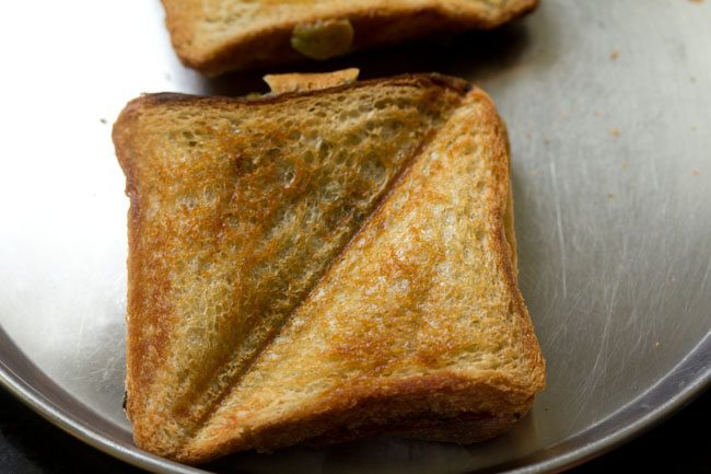 mumbai cheese chilli toast recipe
