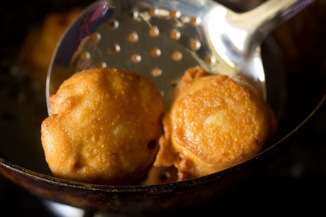 frying vada - farali batata vada recipe
