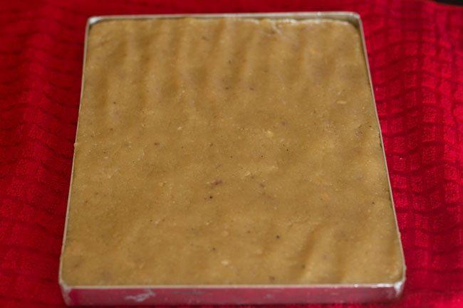 preparing kaju katli recipe