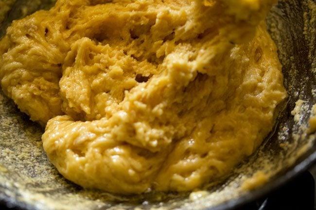 preparing mysore pak recipe