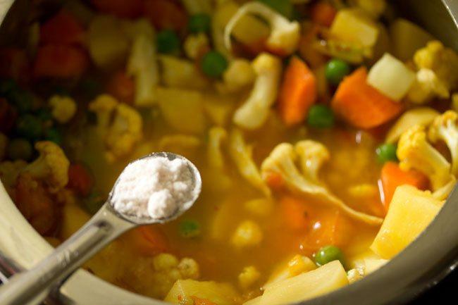 salt for making pav bhaji recipe in pressure cooker