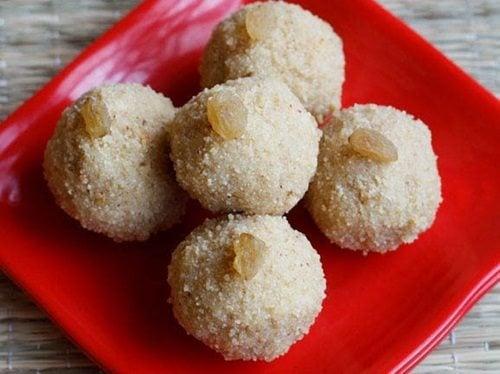 rava ladoo recipe with khoya