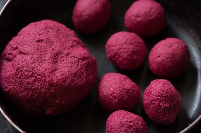 dough for preparing beetroot poori recipe