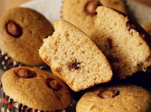 chocolate chips muffins recipe