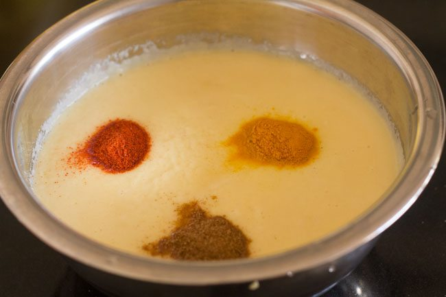 spices to make moong dal chilla recipe